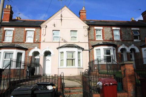 8 bedroom terraced house to rent - Basingstoke Road