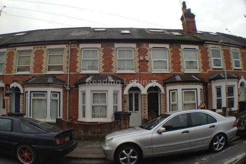 6 bedroom house to rent - Grange Avenue