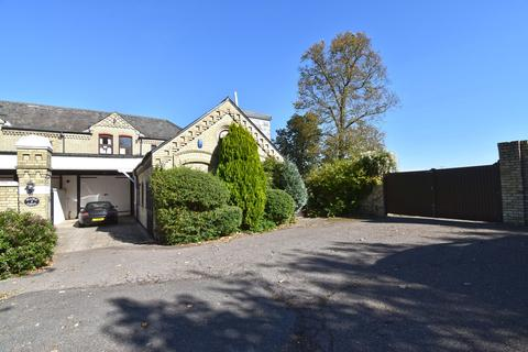 5 bedroom country house for sale - Monkhams, Waltham Abbey EN9