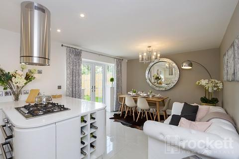 5 bedroom detached house to rent - Turnberry Drive, Trentham