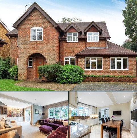 5 bedroom detached house for sale - Mead Road BR7