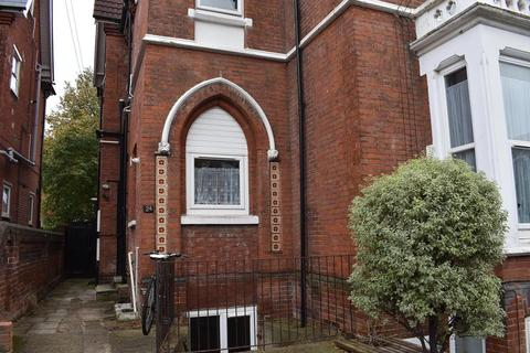 2 bedroom flat to rent - St. Davids Road, Southsea, PO5 1QN