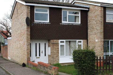 3 bedroom property to rent - Duffield Road, Chelmsford
