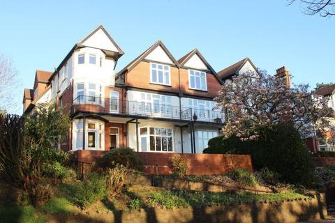 3 bedroom apartment to rent - Glan Y Llyn, Lake Road East