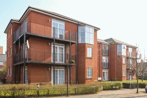 1 bedroom flat for sale - Lady Aylesford Avenue, Stanmore, Middlesex, HA7 4FG