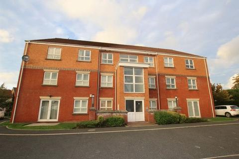 2 bedroom apartment for sale - Skiddaw Close, Middleton, Manchester M24 5RY