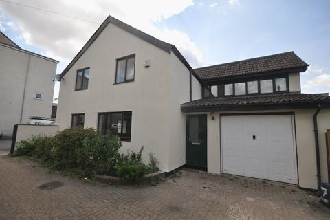 3 bedroom detached house to rent - Pendennis Avenue, Staple Hill