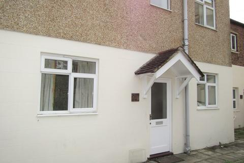 4 bedroom flat to rent - Fawcett Road, Southsea