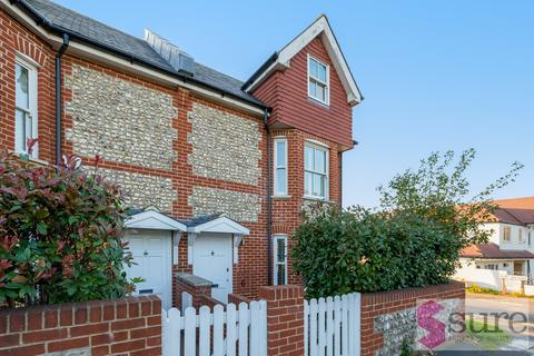 3 bedroom end of terrace house to rent - Falmer Road , Rottingdean