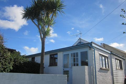 2 bedroom detached bungalow for sale - Gwithian Towans, Gwithian