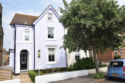 4 bedroom semi-detached house for sale - Stade Street, Hythe