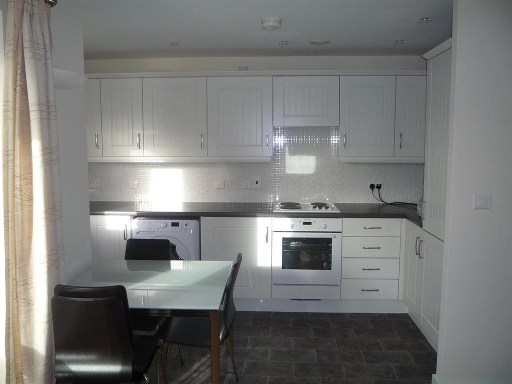 36ec2d0d5c293 170 Stockport Road, Grove Village 2 bed apartment for sale - £155,000