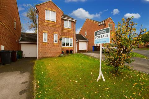 3 bedroom detached house for sale - Birley Spa Close, Sheffield, S12