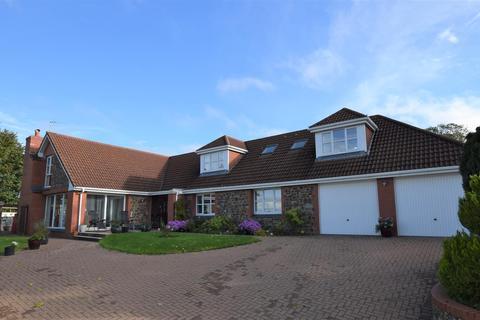 5 bedroom detached bungalow for sale - Upcott, Tawstock, Barnstaple