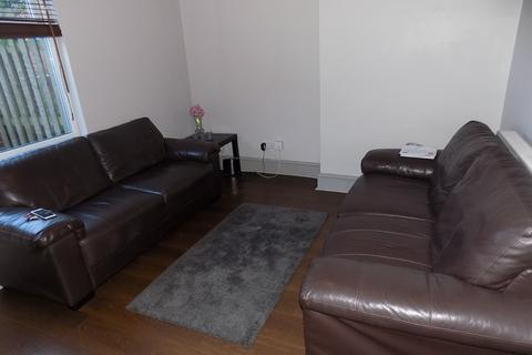 5 bedroom property to rent - Edmund Road, Sheffield