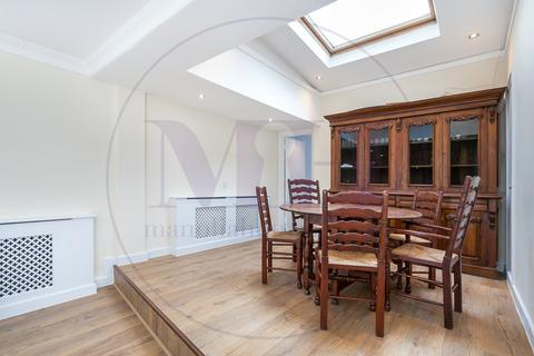 3 bedroom maisonette to rent - The Colonnades, Porchester Square, Bayswater, London