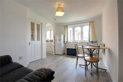 1 bedroom apartment to rent - Larmans Road, Enfield, EN3