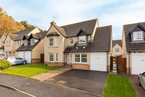 4 bedroom detached house to rent - Margaret Rose Drive, Fairmilehead, Edinburgh