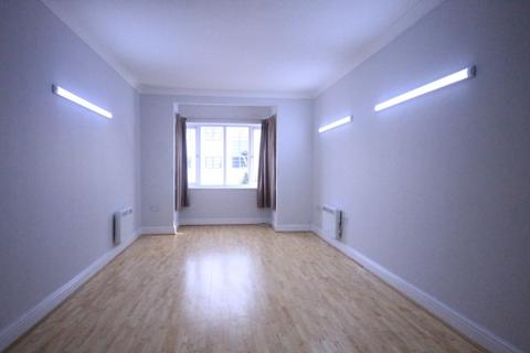 1 bedroom flat to rent - Maydeb Court, Whalebone Lane South, Romford, RM6