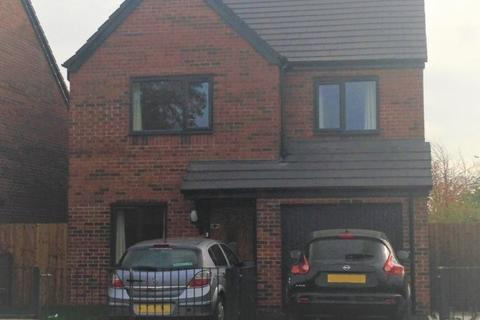 4 bedroom detached house to rent - Clowes Street,  Manchester, M12