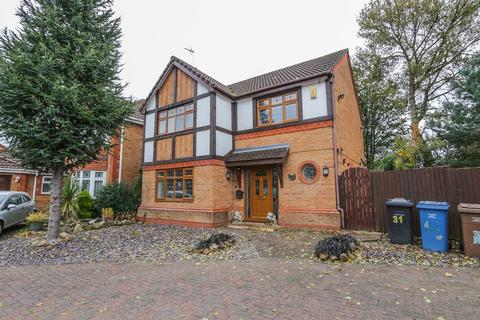 4 bedroom detached house to rent - 31 Sunflower Meadow, Irlam,Manchester