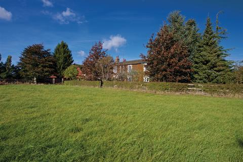 5 bedroom property with land for sale - Leziate Drove, Ashwicken, King's Lynn PE32