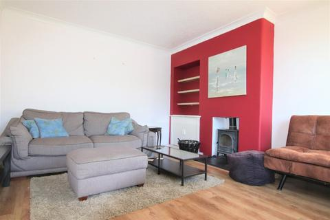 2 bedroom semi-detached house to rent - Carlowrie Avenue, Dalmeny, Edinburgh, EH30 9TY