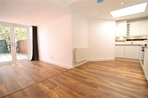2 bedroom terraced house to rent - St. Andrews Road, Acton, W3