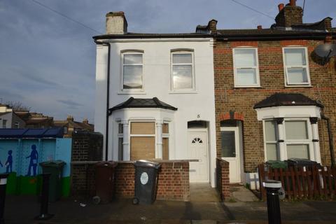 3 bedroom house to rent - Stoneydown Avenue, Walthamstow, E17