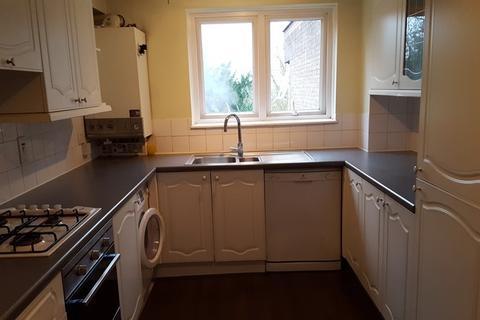 2 bedroom property to rent - Garrick Close, London