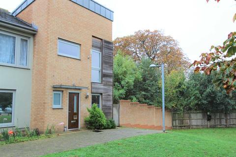 2 bedroom house to rent - Chapman Court, Dartford