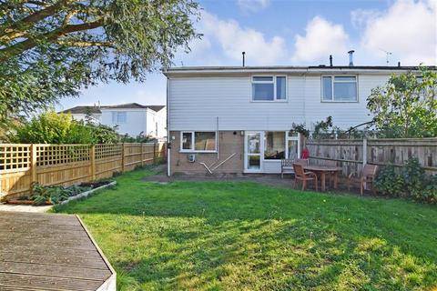 3 bedroom semi-detached house for sale - Ivens Way, Harrietsham, Maidstone, Kent