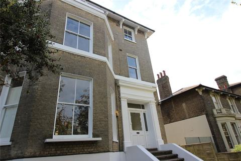 2 bedroom flat to rent - Shooters Hill Road, London