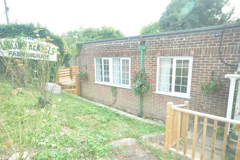 2 bedroom flat to rent - Lincoln Cattery & Boarding, Gorse Hill Farningham DA4