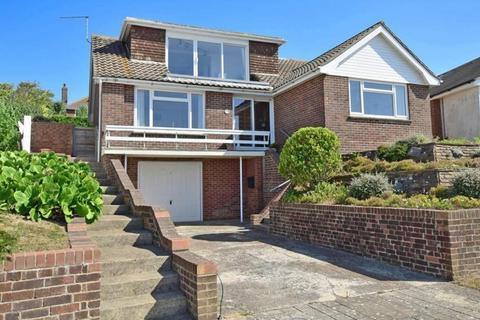 4 bedroom detached house for sale - Tumulus Road, Saltdean, East Sussex, BN2
