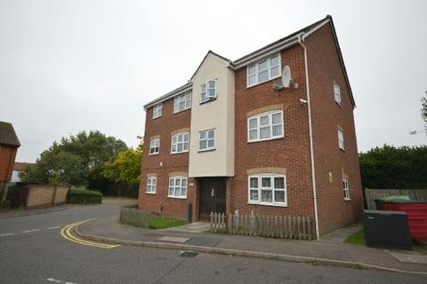 1 bedroom flat for sale - Webbscroft Road, Dagenham, Essex