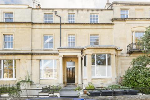 2 bedroom flat to rent - Kensington Place, Clifton