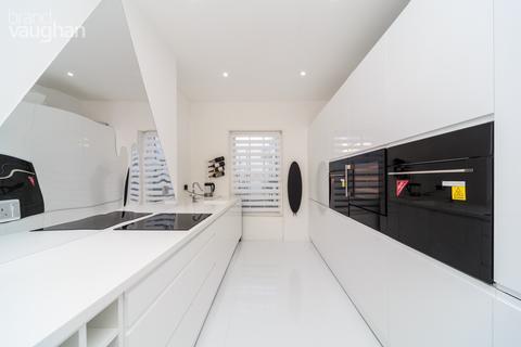 4 bedroom apartment to rent - Norfolk Square, Brighton, BN1
