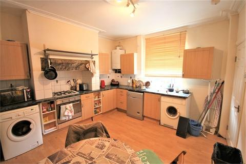 4 bedroom end of terrace house to rent - Thornville Place, Leeds, West Yorkshire
