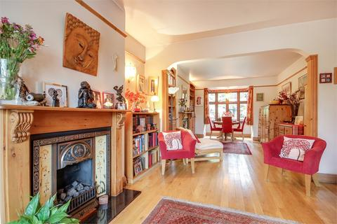 4 bedroom end of terrace house for sale - Alexandra Park Road, Alexandra Park, London