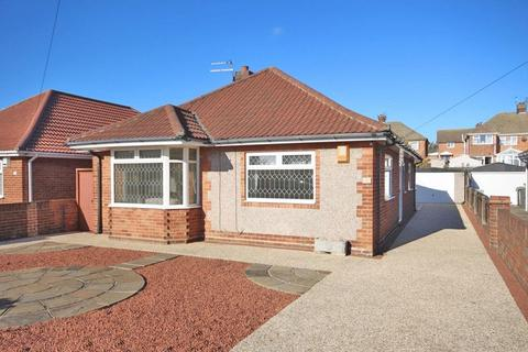 2 bedroom detached bungalow for sale - TAYLORS AVENUE, CLEETHORPES