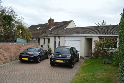 4 bedroom detached bungalow for sale - Plough Lane, Fiskerton