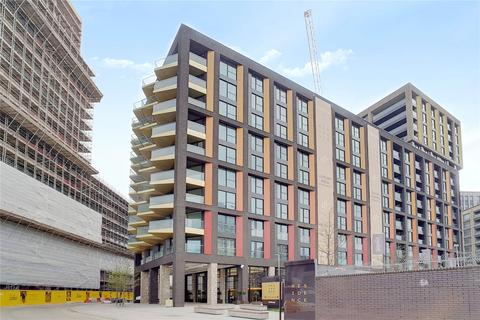 3 bedroom flat for sale - Madeira Tower, The Residence, Ponton Road, London, SW11