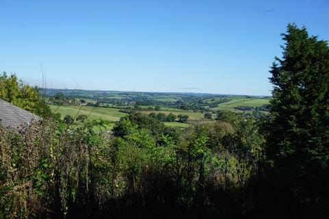 3 bedroom property with land for sale - Building plot at 4 Tamar Terrace, Launceston