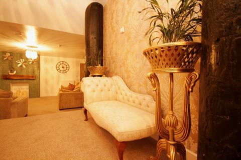 3 bedroom ground floor flat to rent - Dover
