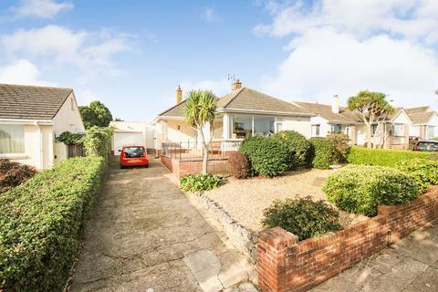 3 bedroom detached bungalow for sale - Lady Park Road, Livermead, Torquay, TQ2
