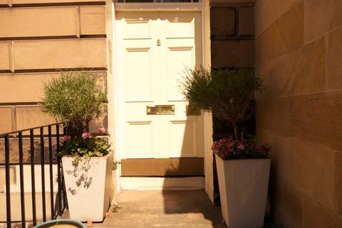 3 bedroom flat to rent - Howard Place, Inverleith, Edinburgh, EH3 5JZ