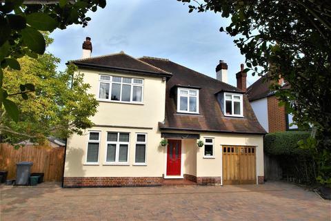 4 bedroom detached house to rent - Scotts Avenue, Shortlands, Bromley, BR2