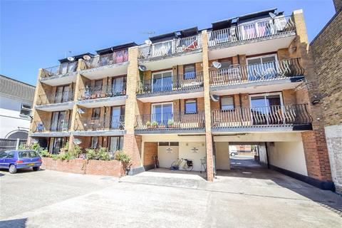 1 bedroom flat for sale - Glendale Gardens, Leigh-on-Sea, Essex