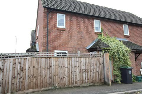 2 bedroom house to rent - Mill Close, Raunds, Wellingborough